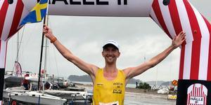 Elov Olsson sprang i mål som etta och tog sitt första SM-guld. Bild: Joacim Lantz