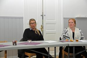 Sofie Bragesjö och Cecilia Lindell, chefer på Kung Karlsgården, fick svara på många frågor under mötet.
