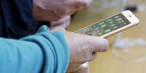 Det är verkligen snabbt gjort att klicka hem varor digitalt. På gott och ont, skriver krönikören. Bild: AP Photo/Jeff Chiu, File