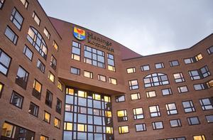 Upplyst. Haninge kommun ägnar sig inte åt den sortens hemlighetsmakeri som flera förvaltningar på Nynäshamns kommun har infört.