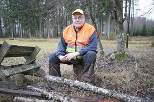 Leif Granlöf har fått rollen som länsansvarig för Nationella Viltolycksrådet. Det innebär ett stort ansvar för närmare 190 jägare och drygt 2500 viltolyckor. Han har erfarenhet då han var stand-in för Göran Gunnarsson som tidigare hade den posten.