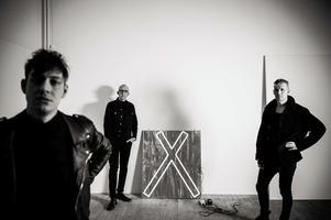 Synth-punk bandet Agent Side Grinder kommer till Garaget för en spelning på lördag. Foto: Ludvig Lindqvist/Pressbild