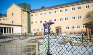 Heliås skola i Sidsjön heter numera Sidsjö fristående grundskola.