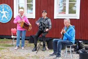 Harriet Andersson, Ola Dunderberg och Kenneth Lindberg.