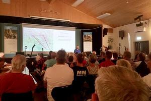 Ett hundratal skogsägare fanns i Färilarevyns lokal, ytterligare 45 personer deltog via webb, på Mellanskogs informationsmöte.