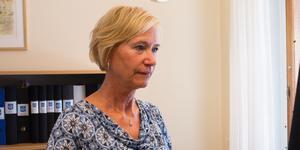 Tillförordnade kommunchefen JuneAnn Wincent leder arbetet med omorganisationen. Hon får kritik av fackliga representanter för en bristande samverkan.