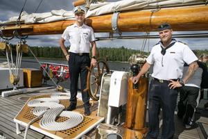 Tredje officeren Karl Beillon och Linus Grann, tredje skeppare, har gjort många resor till havs tillsammans.