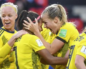 Sverige, med Caroline Seger, Madelen Janogy och Magdalena Eriksson, spelar åttondelsfinal i VM i kväll.