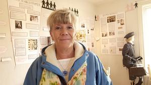 Ansa Borins utställning är folkbildande och tar bland annat upp orsaker till varför kvinnor inte ses som fullvärdiga medborgare.