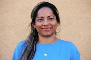Adelaida Gómez är ett av de nya namnen på Socialdemokraternas valsedel för kommunvalet i Ovanåkers kommun.