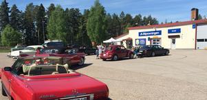Bilprovningen i Vansbro höll under lördagen öppet hus för mc och entusiastbilar.