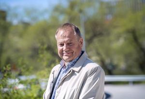 Roland Engström, 60 år, journalist, Njurunda: