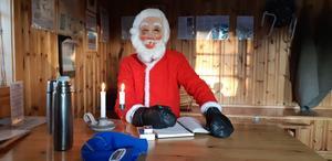 Tomten tittade in i Hotell Rutberget före jul förra året. Foto: Nola Motion