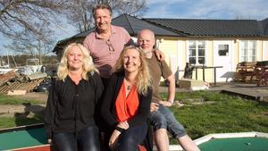 Pia Bäckström, Bosse Stefanusson, Annika Nylén och Anders Nylén har tagit över driften av Rotundan som de öppnar till sommaren.