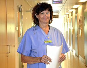 Lena Fagerblom är specialistläkare på Hudklininiken på Sundsvalls sjukhus