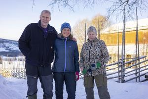 Janne Zakrisson, frun Liselotte och  mamma Siv.