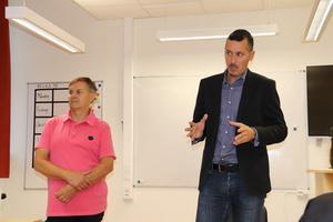Faluns skolchef Johan Svedmark och Björn Ljungqvist, ordförande i barn- och utbildningsnämnden, berättade om den kommande skolutredningen i Falu kommun.