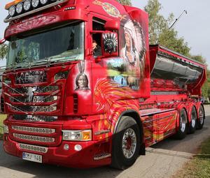 En av många skönheter på lastbilsträffen.