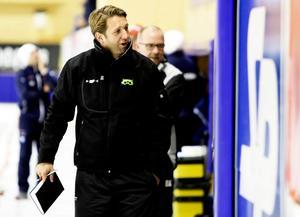 Patrik Larsson lämnar bandyn efter 30 år som spelare och tränare.