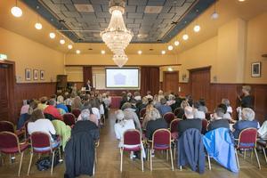 Ett femtiotal personer samlades på Gamla Teatern för att ta del av rapporten när den släpptes. Representanter från Arbetsförmedlingen, Region Jämtland Härjedalen och Östersunds kommun gav sin bild av läget och sina framtidsutsikter.