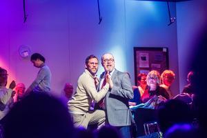 Maurits Elvingsson och Lennart Jähkel  bjöd på mycket sång och en hel del skratt.