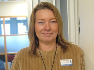 Efter att ha jobbat i vården i hela sitt yrkesliv tar Elisabeth Carlson Cederholm steget över till politiken.