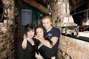 Janina, Veronica och Anton