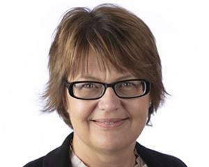 Anna Lundberg (L).