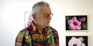 I samband med Västerås Konstnärsförenings 50-årsfirande skrev konstnären Kenth Möller en utförlig skrift om föreningens historia.
