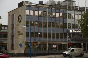 Den här slätstrukna fasaden är snart ett minne blott. Snart har Gävle ett nytt bibliotek/kulturhus – och just nu kan du påverka hur det ska bli.