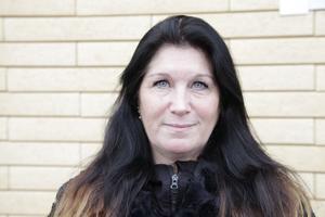Ann Backéus leder dans för barn i Sveg. Hon har även lett en rad grupper med dans för vuxna.