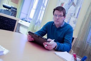 Åhléns utgör en hörnsten i centrumhandeln, konstaterar Leif Pettersson (S). De blir en utmaning att få en levande stadskärna att leva vidare, menar han.