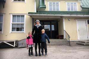 Johanna Erixon har sina två barn, Lovis och Harald, på Allsta skola.