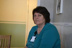Anette Jonsson Lill har jobbat på polisen i Sälen i 25 år och välkomnar att det blir en satsning på fler polistjänster.