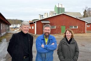 Gris- och köttproducenter är mer positiva än mjölkbönderna, konstaterar Lennart Broman, Swedbank, grisbonden Mattias Andersson och Maria Bellskog, LRF Konsult.
