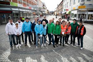 Många politiker från Ludvikas åtta partier i fullmäktige deltog under dagen i manifestationen.