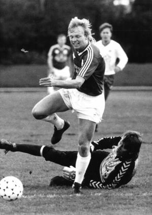 Kenth Persson under en match 1987.