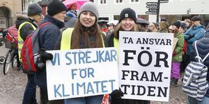 Klimataktivisterna Alva Westling och Tyra Blum.