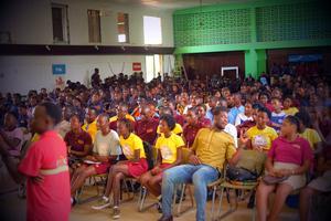 Kvartetten uppträdde för elever på en skola utanför Monrovia. Foto: Privat.