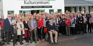 Över 70 tidigare studenter på Sandvikens gymnasium samlades till återträffen.
