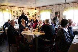 Ett trettiotal medlemmar firade föreningens 25-årsjubileum i lördags.