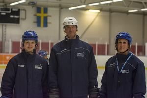 Anna Borgqvist, Jan Dahlström och Elin Lundberg  ansvarade för tjejernas träning.