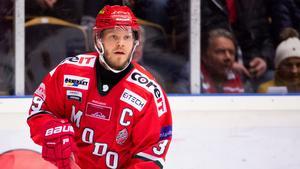 """Modo-kaptenen allt närmare en comeback – tränade på is: """"Jag ska inte klaga"""""""