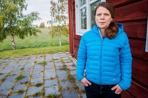 VA-chef Sofia Nisses säger att det finns flera skäl till att Torkilstöten utreds. Området har många fritidshus och fler planeras. Samtidigt pågår en generationsväxling där yngre vill ha större bekvämligheter.