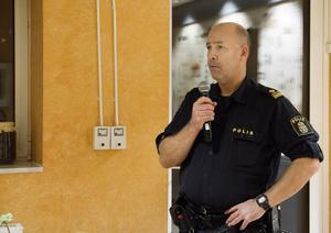 """""""Vi ser en positiv trend där våldsbrotten minskat, det är den lägsta noteringen för kommunen på minst fyra år och jag ser inget avvikande i Kolsva"""", säger Jan Sköldberg, kommunpolis."""