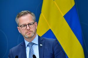 Inrikesminister Mikael Damberg (S) talar vid en pressträff efter ett möte i krishanteringsrådet. Foto: Jonas Ekströmer / TT
