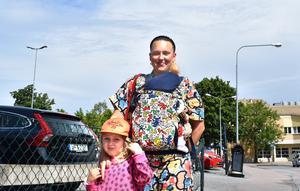Petra Arlshammar med barnen Marvin och Billy Rae (på magen): Nej vi har inte gjort det ännu, förmodligen för att vi aldrig har haft en fästing på oss. Men vi ska vaccinera oss snart ändå!