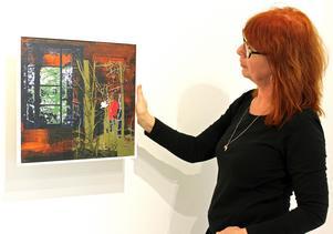 Ingela Bauer skapar sina bilder genom att blanda måleri med screentryck.