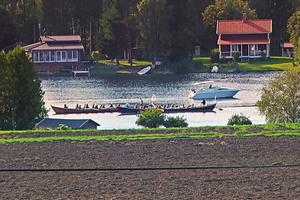 Kyrkbåtar på Ljusnan i Vallsta. Fotograf: Ulla Johansson.