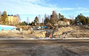 På Regementsområdet i Falun byggs just nu 89 nya lägenheter. Många ungdomsbostäder. Foto: Curt Kvicker